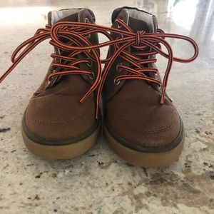 Gymboree brown toddler boy lace up boots